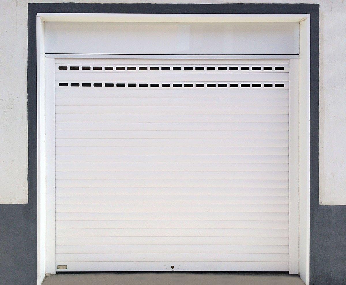Puerta enrollable persysol soluciones profesionales - Puertas de garaje murcia ...