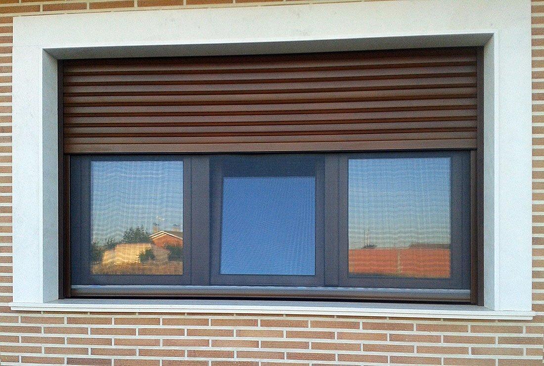 Ventana aluminio persysol soluciones profesionales - Como hacer una puerta mosquitera abatible ...